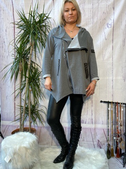 Grey quirky zip top, fitting up to a size 24.   9111
