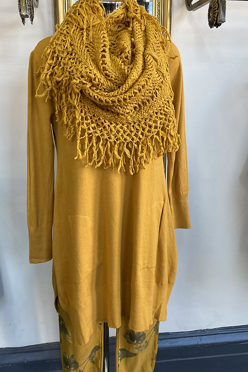 Mustard jumper and scarf fitting up to a size 18
