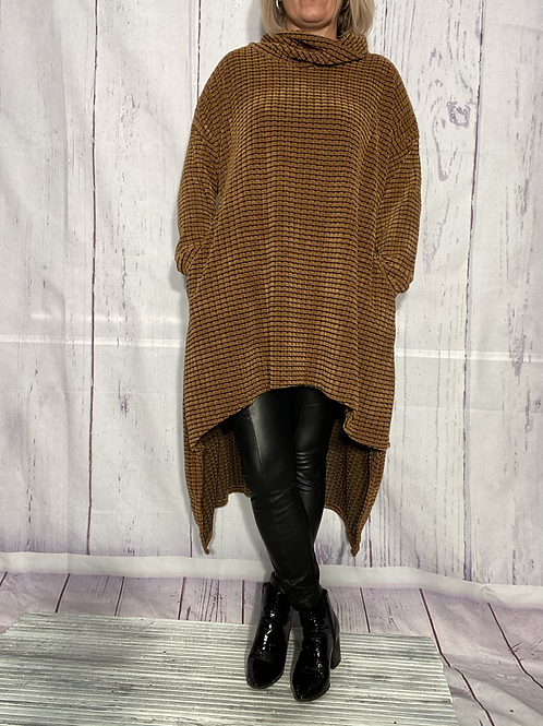Caramel chenille high low tunic fitting up to a size 20