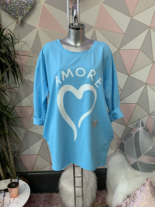 AMORE tunic fitting up to a size 18