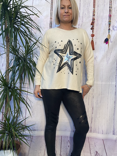 Winter White starry jumper, fitting sizes 8-16.    12115