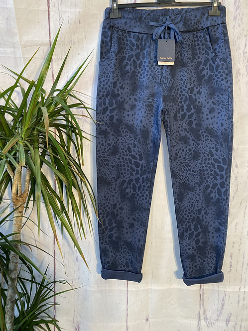Navy snake print magic joggers, fitting up to a size 20.   0901