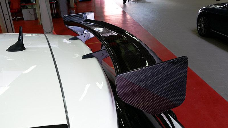Style assetto corse 595 carbone