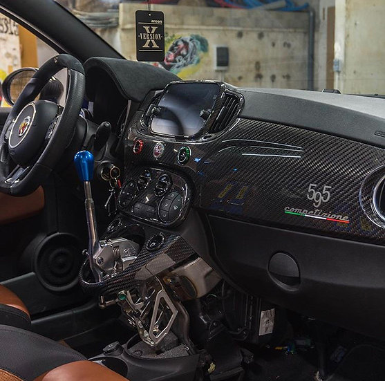 Dashboard 595 carbone