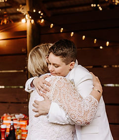 2 Alexia_Celeste_Wedding_Cielo_Blu_Barn_