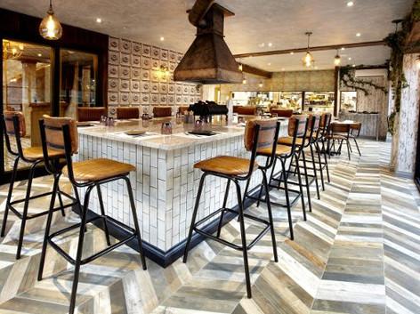 quarry-horbury-bar-stools-island.jpg