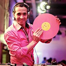 DJ GUSTAVO.JPG
