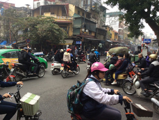 Performing stand-up comedy in Hanoi, Vietnam (part 1)
