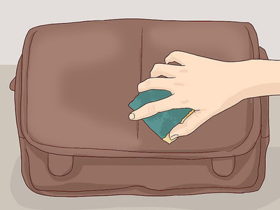 4 steps to maintain faux leather