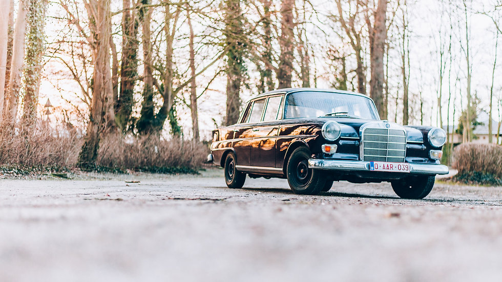 Mercedes W110 Heckflosse 1967