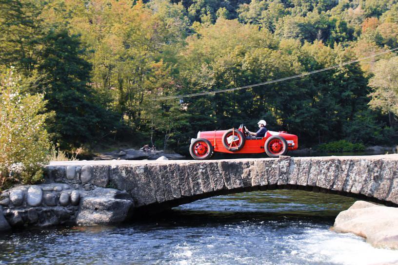 Lanchester SS 1933 au Rallye Classic Forez 2016