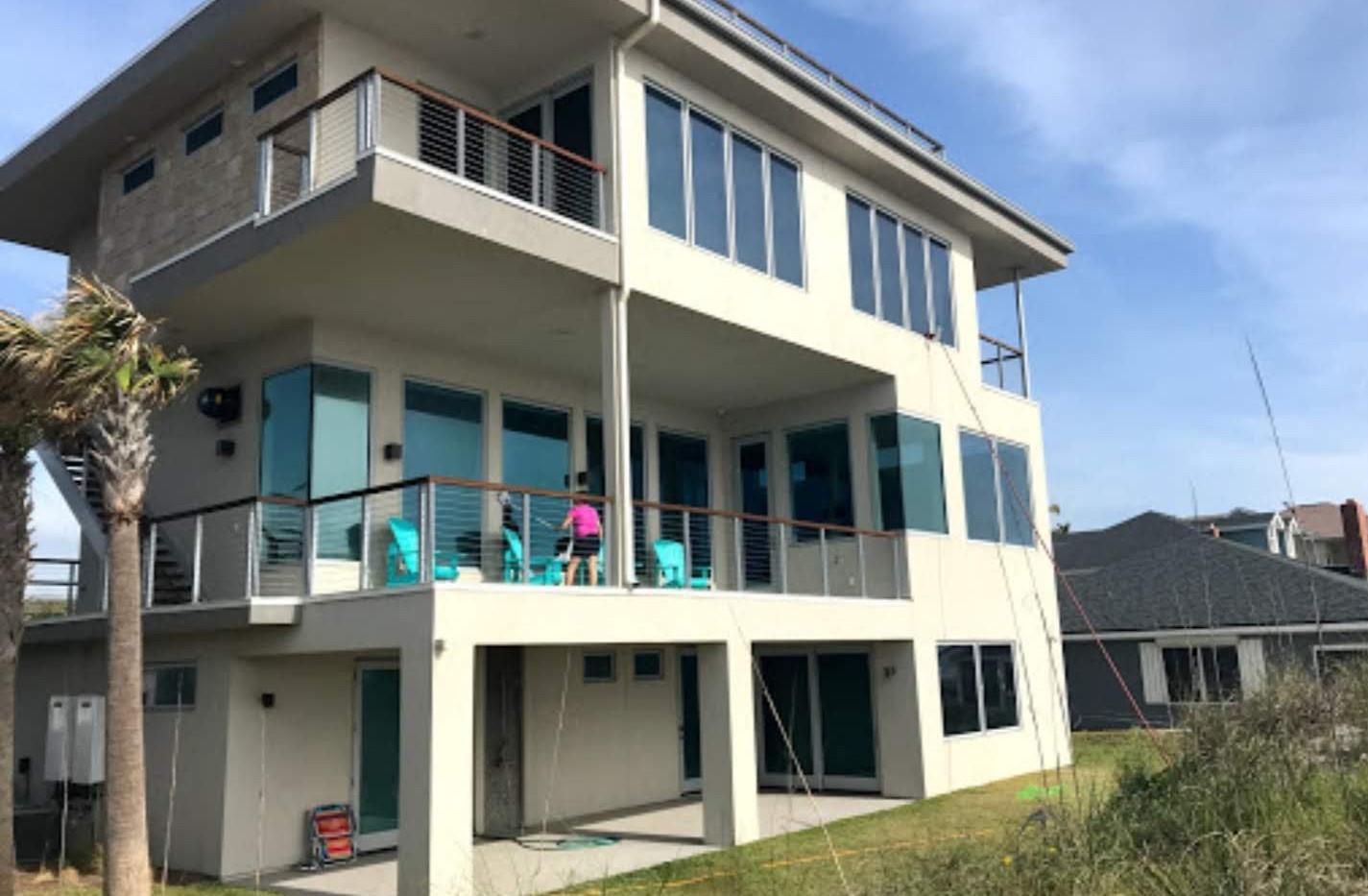 Residential window cleaning, Fernandina Beach Florida