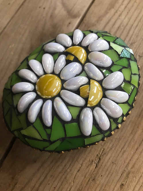 Mosaic Stone-Daisies
