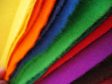 1200px-Colored_felt_cloth.jpg