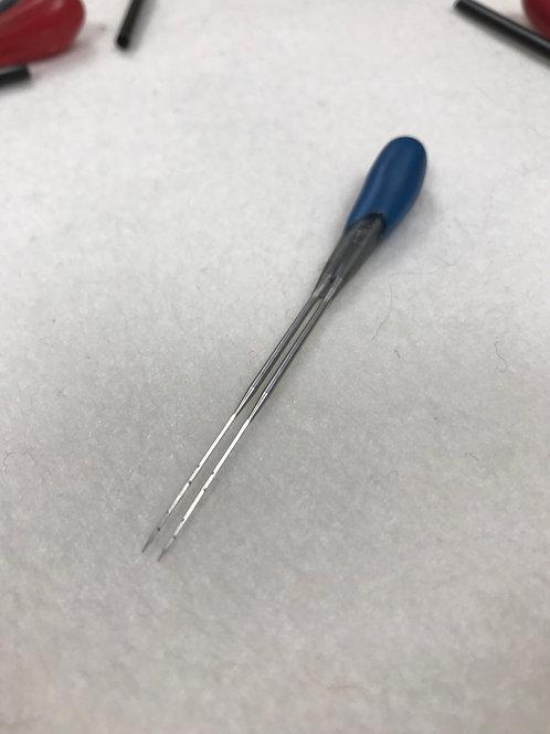 42 Triangle by Felt Alive  Finishing Needle-Quad