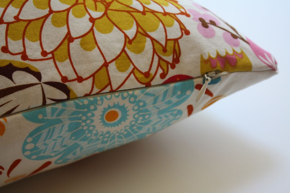 Sewing A Zipper In A Pillow.How To Sew A Pillow With A Zipper