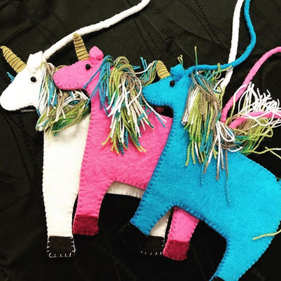 Check out these super cute #unicorn purs