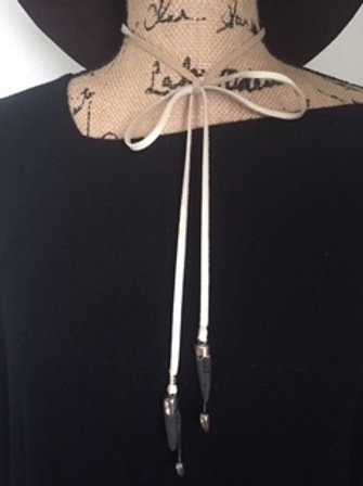 CREAM LEATHER LARIAT WITH BLACK STONE FIRED SPEARS