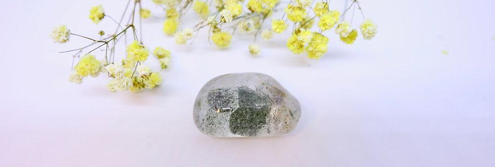 Chlorite Crystal Tumble 02