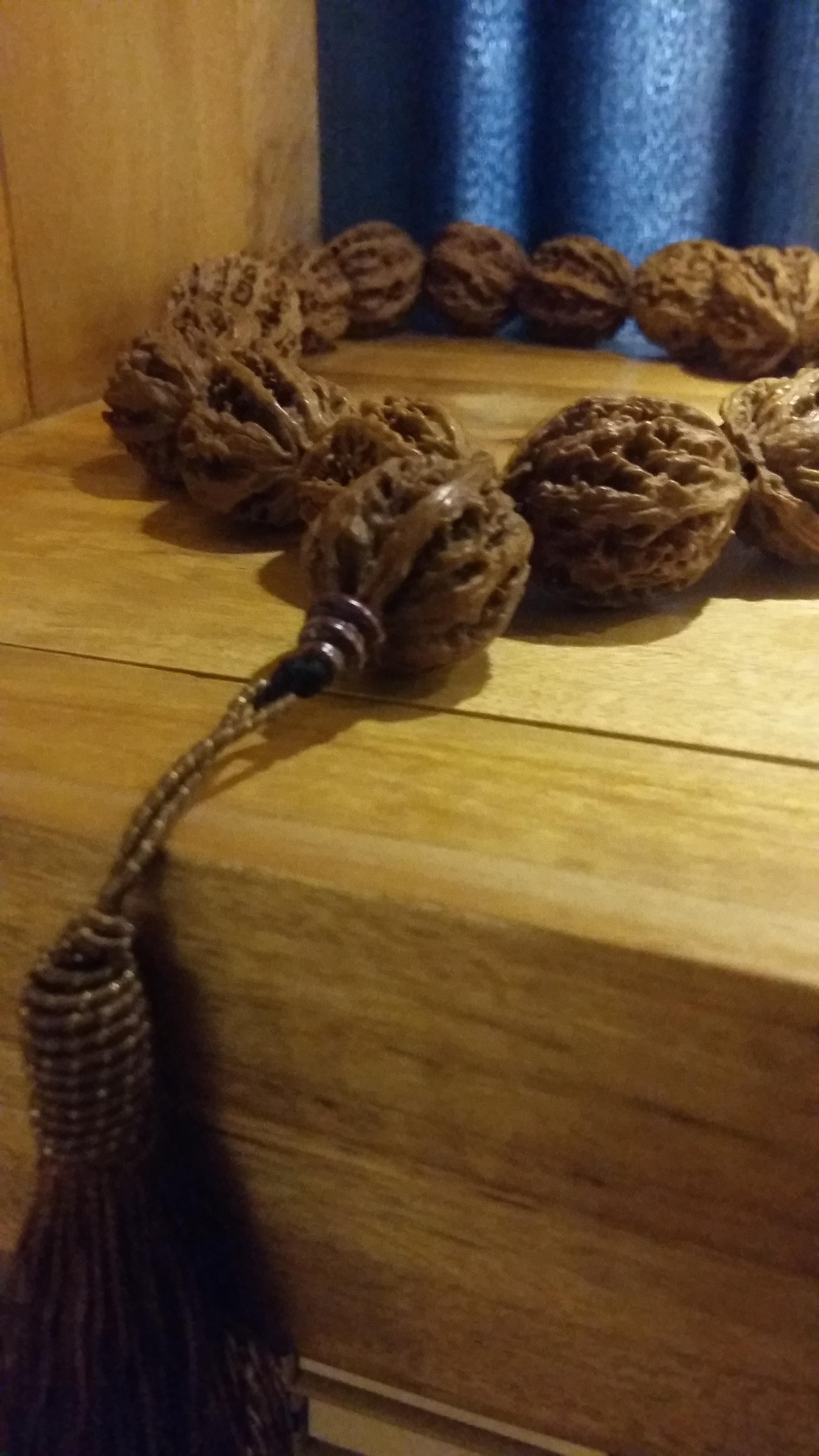 walnut praying beads