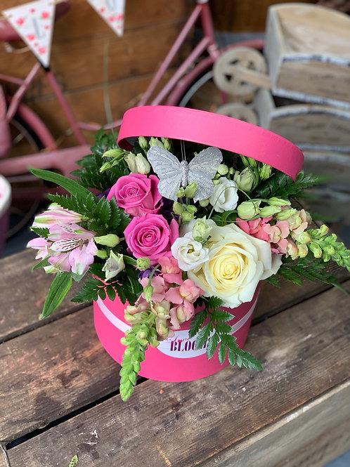 Hat box arrangement