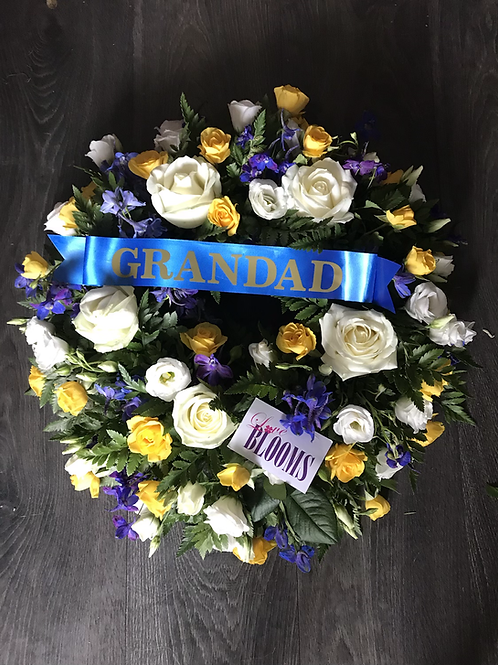 Loose wreath with Ribbon