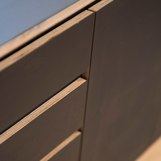 Black Beauty Kitchen Ply Detail4