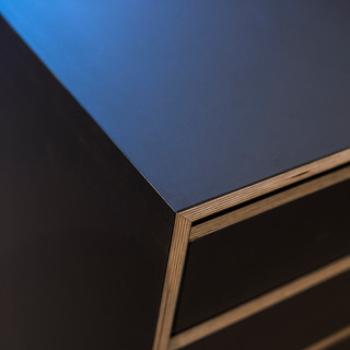 Black Beauty Kitchen Ply Detail3