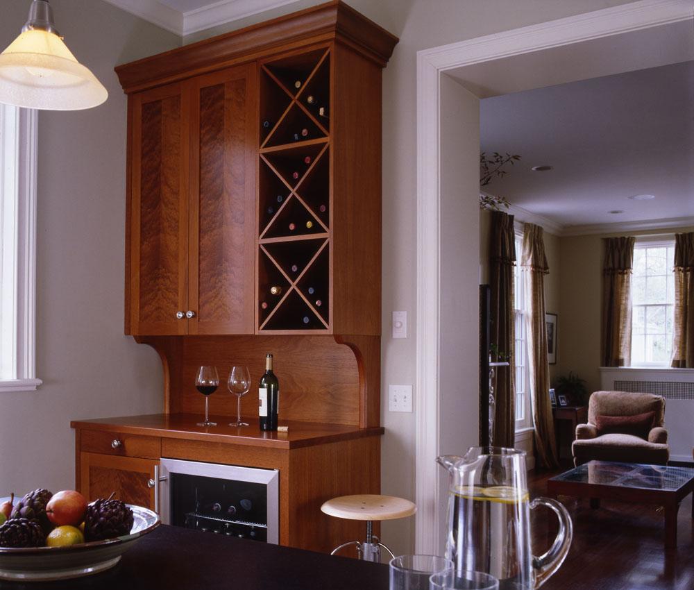custom mahogany bar