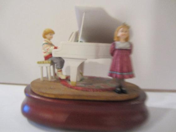 The Recital (Musical Figurine)