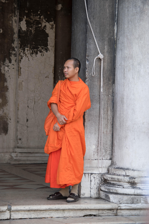 07_Monk in Venice