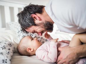 Az apák másképp kötődnek kisbabájukhoz, mint az anyák - A hormonokon múlik?