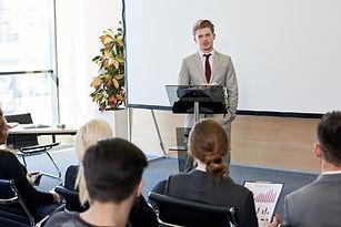 startup-businessman-presenting-project-V