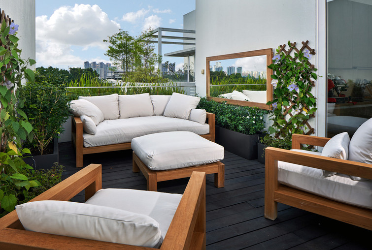 Second terrace • Chill out area