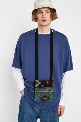 Tapestry Flap Pouch Bag