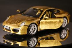 Porsche aus Blattgold