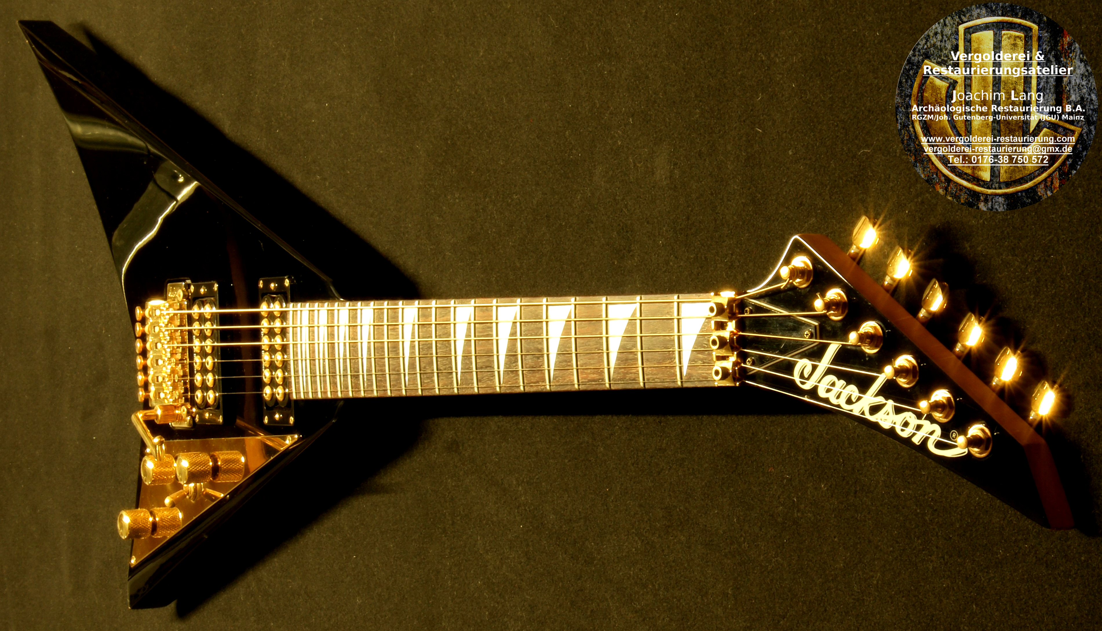 Flying V 24 Karat Gold