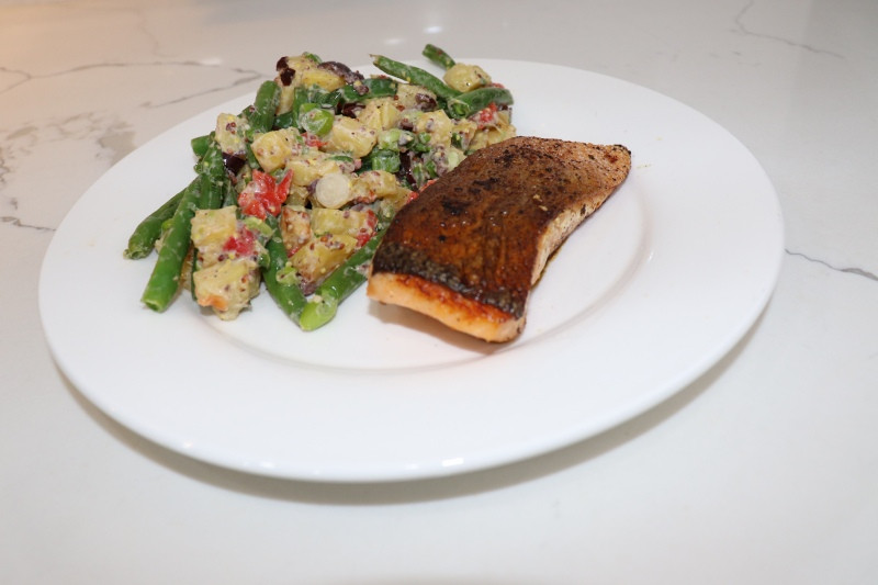 Blue Apron Seared Salmon with Nicoise-Style Potatoes & Green Beans