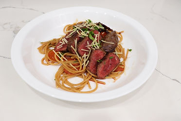 Green Chef Pasta Pomodoro with Steak.jpg