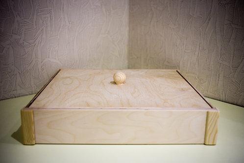 Деревянная песочница для космического песка