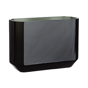Black Lacquered Vase-01.png