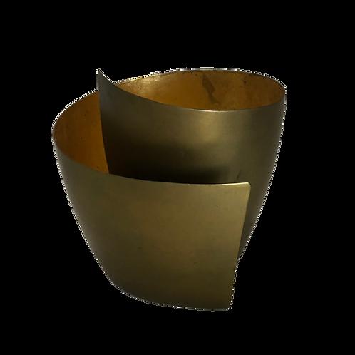 Conch Vase - Gold