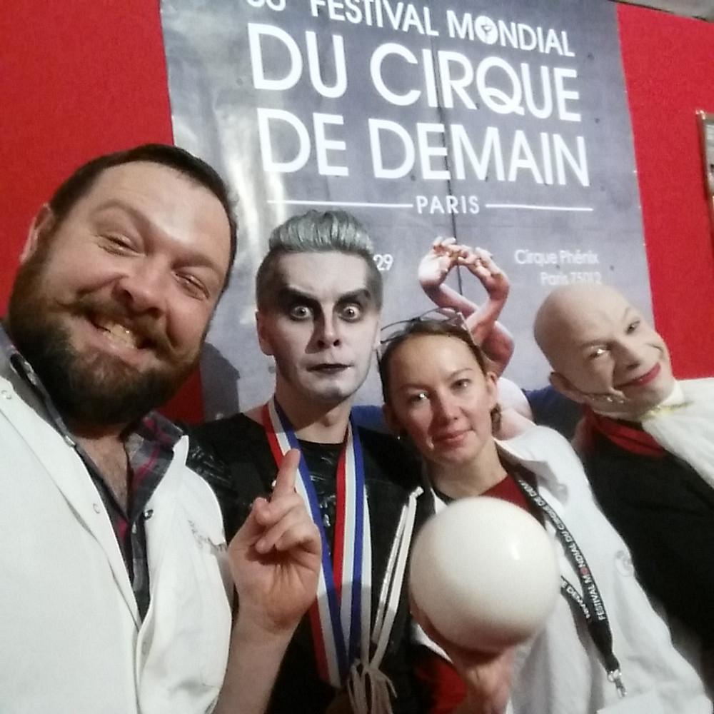 Calixte et D. Chernov avec nous!