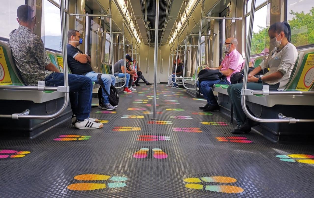 Distancia social Metro de Medellín