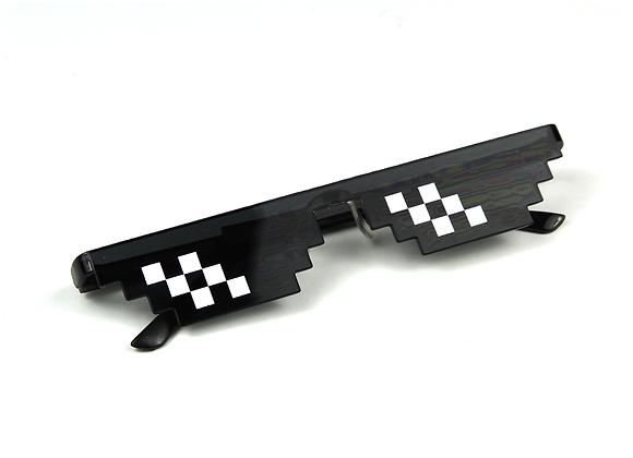 Pixel Black & White