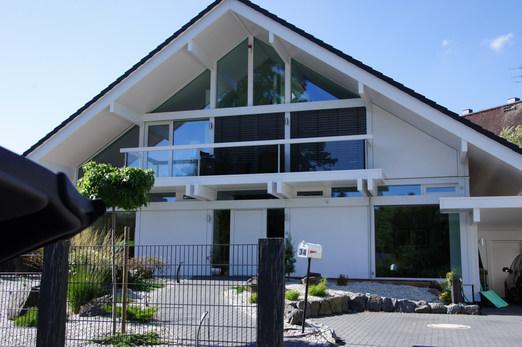Exklusives Zweifamilienhaus Wiesbaden-Nordost