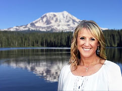 Image of Deanne Carter with Mt Adams, WA in background