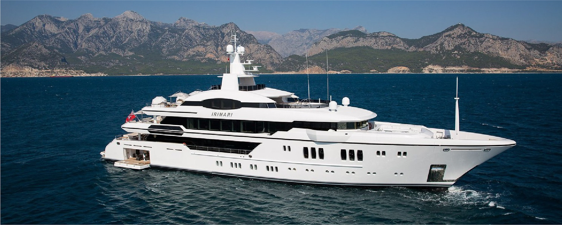 Sunrise Yachts Irimari_website-04.jpg