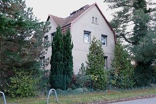 Außenansicht_des_Hauses.JPG