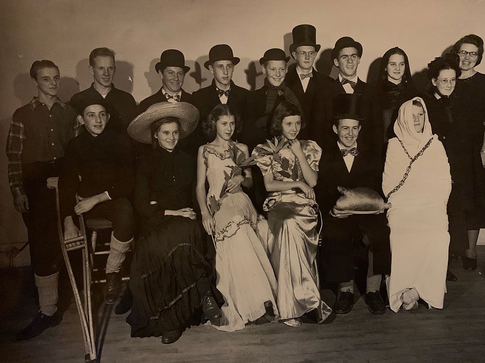 Beals Grammar School play cast;
